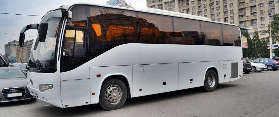 inchiriere autocar 35 locuri